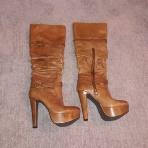 Distressed leather light brown boots